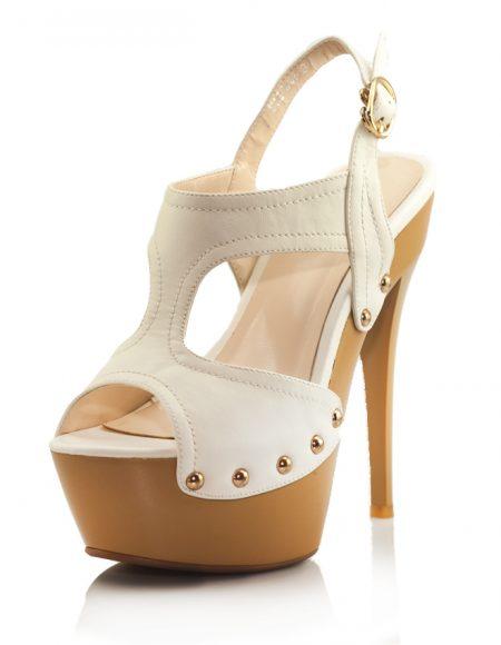Beyaz Yüksek Platform Topuklu Açık Ayakkabı