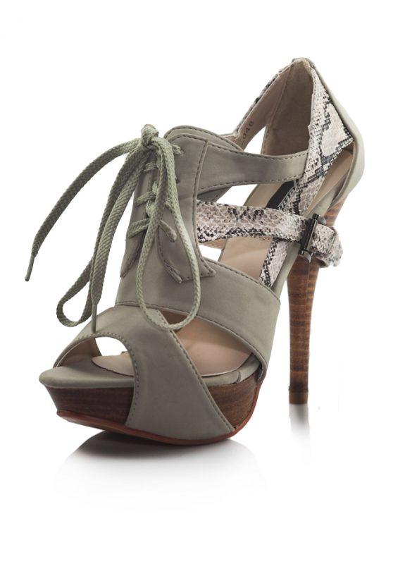 Krem Yılan Derisi Bagcikli Topuklu Sandalet