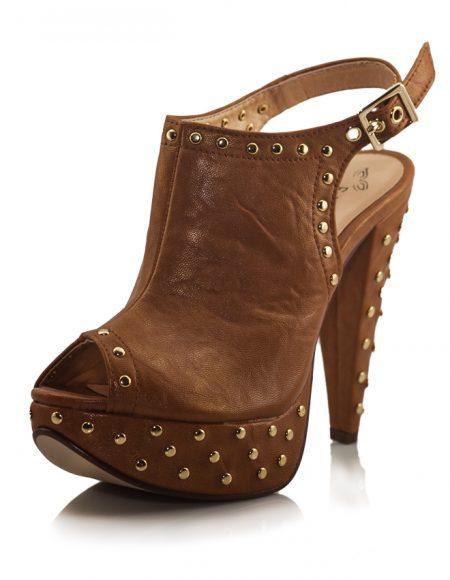 Altın Zımbalı Platform Topuk Kahve Sandalet