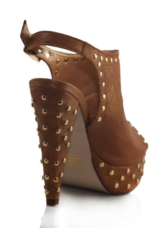 Altın Zımbalı Platform Topuk Kahve Sandalet 3