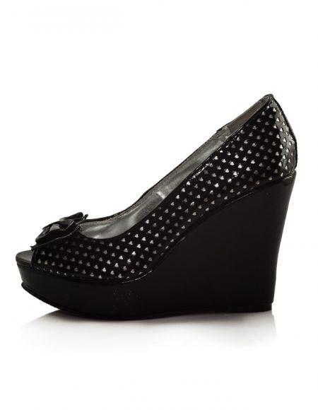Siyah Dolgu Topuk Beyaz Puantiyeli Ayakkabı 2