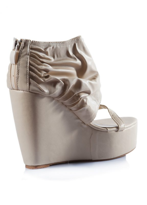 Krem Dolgu Topuklu Açık Sandalet Ayakkabı 3