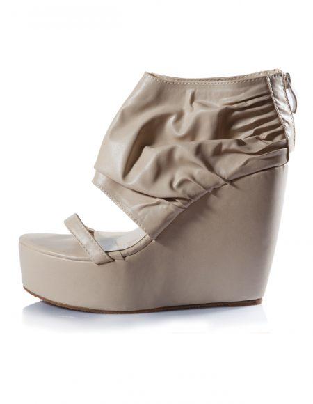 Krem Dolgu Topuklu Açık Sandalet Ayakkabı 2