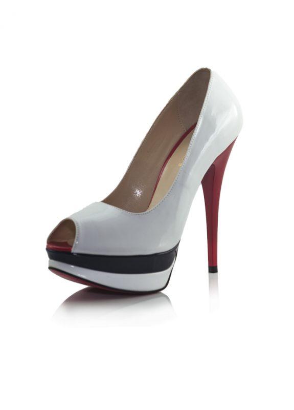 Kırmızı Topuklu Beyaz Rugan Pump Ayakkabı